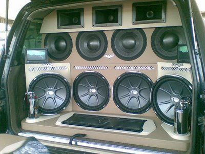 Auto Entertainment - wall of sound